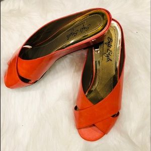 Tangerine slides by soft style size 6